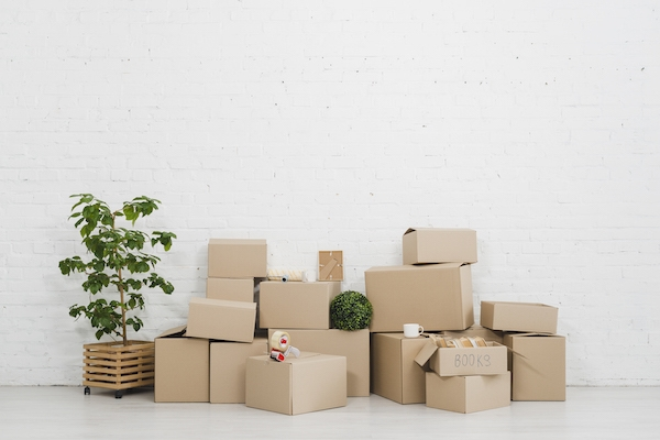 Moving house is stressful! Let me help you prepare for it!